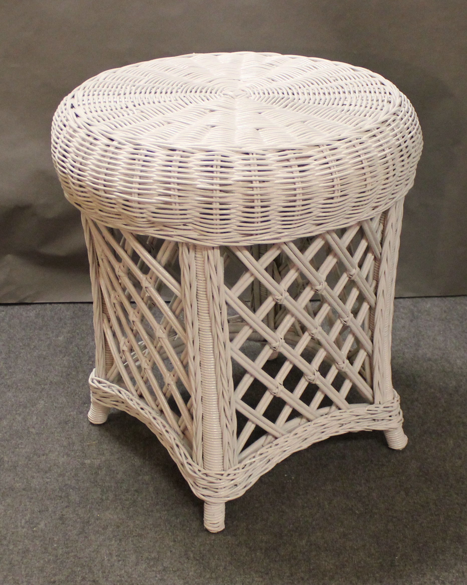Cape Cod Wicker End Table